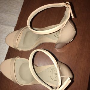 Nude chunky heels with ankle strap-Size 8 NW